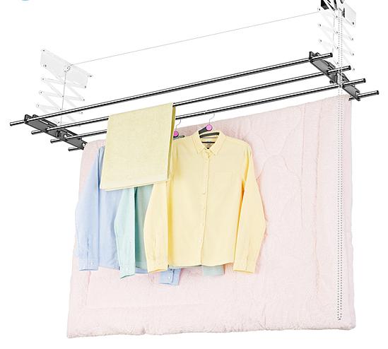 Giàn phơi bán tự động treo trần Wellex Hàn Quốc CH4180 giảm 15% còn 2,1 triệu đồng; hiệu suất mạnh mẽ, cho phép nâng tối đa 30 kg quần áo. Sản phẩm giúp xử lý công việc phơi đồ của bạn mà không làm tốn quá nhiều công sức.
