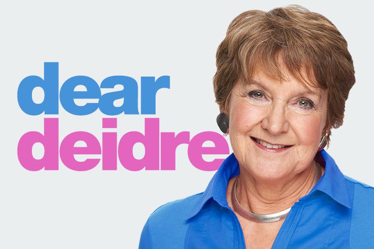 Bà Deidre – chủ mục tư vấn tình cảm – giới tính Dear Deidre của tờ The Sun (Anh).