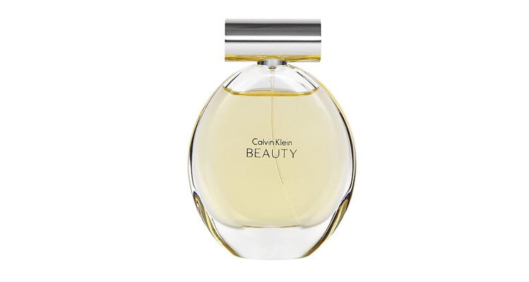 Nước hoa nữ CK Beauty EDP 100 ml giảm 50% còn 990.000 đồng; gợi lên sự quyến rũ, tinh tế và nữ tính. Với những mùi hương hoa nhài làm chủ đạo và lớp hương cuối là gỗ tuyết tùng sẽ giúp cho mùi hương được giữ lâu hơn.