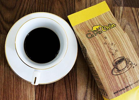 Combo cà phê chồn 500g + bột kem pha cà phê 170g + 1 phin cà phê cao cấp 427.000đ(-47%)Mùi vị thơm ngon, đậm đà.- Hương thơm nồng nàn lan toả khi pha.- Dễ pha chế và bảo quản.