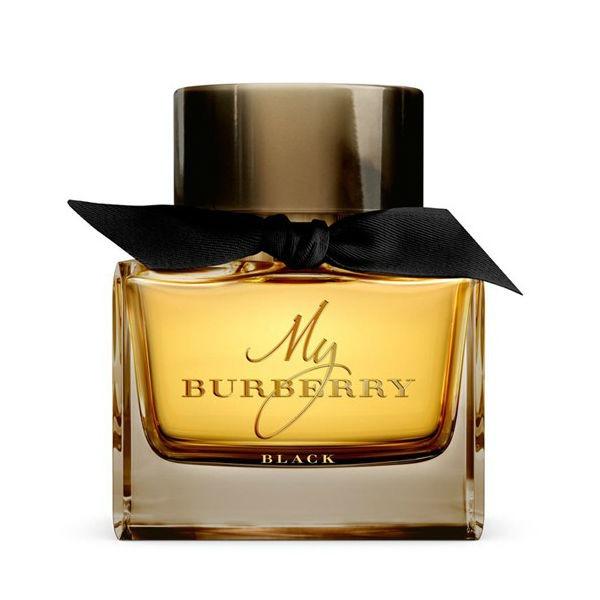 Nước hoa nữ Burberry My Black Tester chai 90 ml có giá giảm 50% còn 2 triệu đồng. My Burberry Black for women lấy cảm hứng từ chiếc áo khoác Burberry Heritage, mở ra với hương đầu từ hoa nhài. Tầng hương giữa là sự kết hợp của kẹo hoa hồng và mật hoa đào. Cuối cùng khép lại với nốt cuối từ hổ phách và hoắc hương.