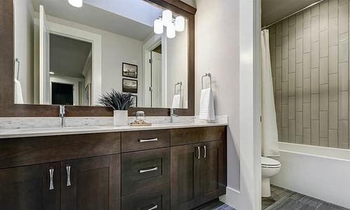 12 mẹo cải thiện phòng tắm nhỏ hẹp