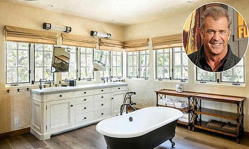 Phòng tắm sang trọng của những người nổi tiếng