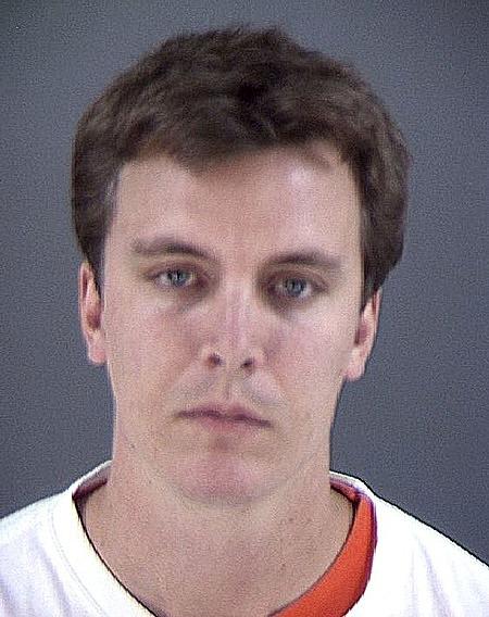 Aggesles khi bị bắt vì ăn trộm năm 2005. Ảnh: Dailymail.