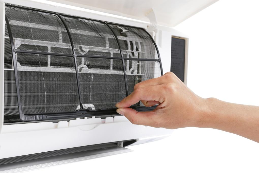 Người sở hữu điều hòa không khí Daikin và các hãng điều hòa khác có thể gọi kỹ thuật viên của Daikin đến bảo trì máy thông qua ứng dụng DAIKIN VIETNAM trên điện thoại.