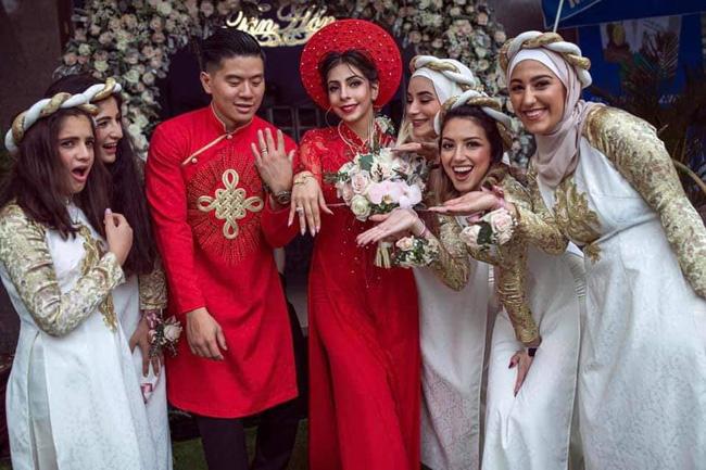 Hôn lễ của Sara và Thọ được tổ chức tại Việt Nam theo cả nghi thức Việt và Palestine. Ảnh: Nhân vật cung cấp.