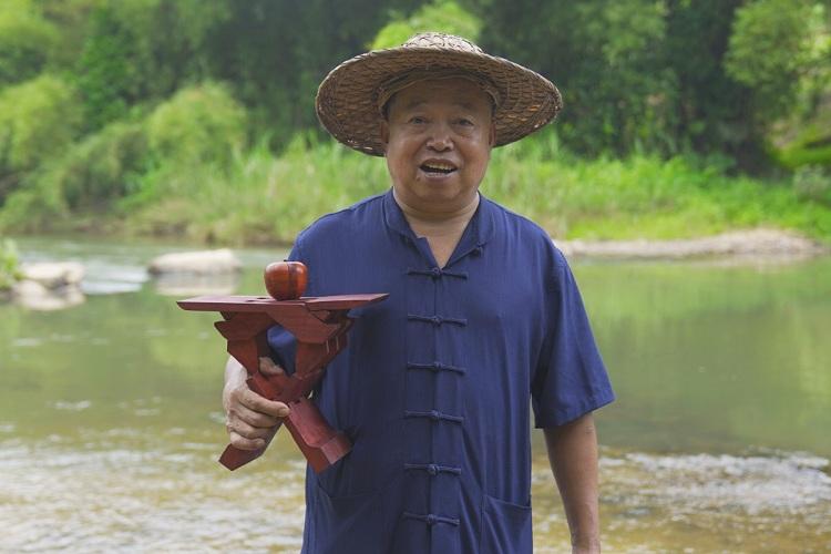 Ông Wang được ví như Lỗ Ban thời hiện đại của Trung Quốc. Ảnh: Wang Baocheng.