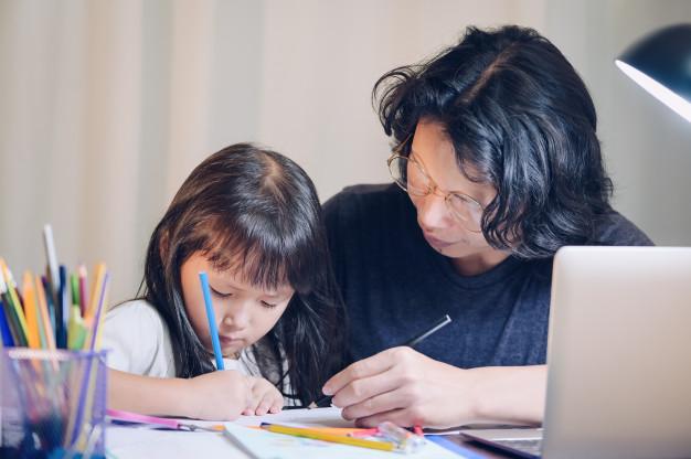 3 quy tắc để vợ chồng không cãi nhau khi dạy con - VnExpress Đời sống