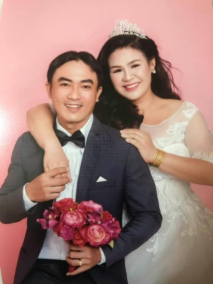 Ảnh cưới chụp hồi tháng 11/2019 của anh Thường và chị Thảo. Ảnh: NVCC
