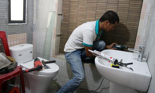 INAX cải tạo phòng tắm miễn phí cho vợ liệt sĩ