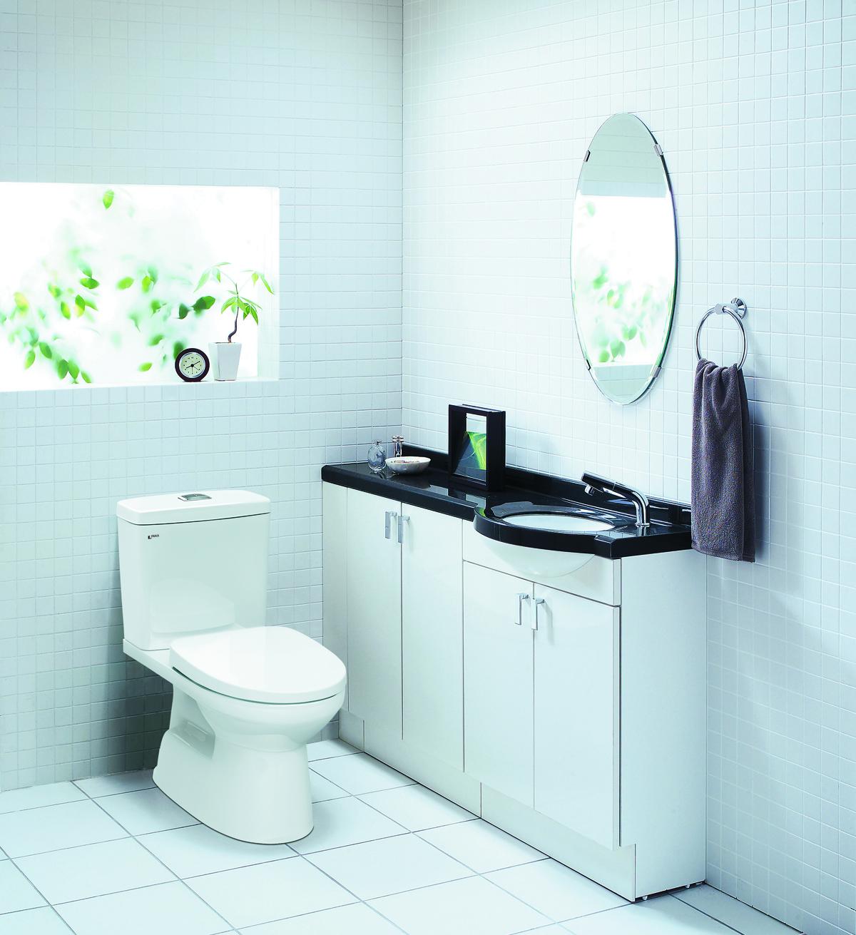Sản phẩm INAX AC-504 phù hợp với nhiều kiểu không gian phòng tắm.