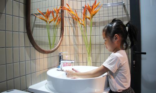 Còn một tuần dự thi 'Phòng tắm trong mơ'