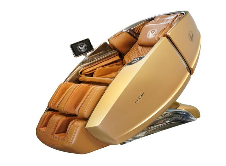 Ghế Massage kiểu dáng phi thuyền vũ trụ SS 919X với ngoại thất màu vàng 24K, nội thất màu nâu vàng. Ghế có trọng lượng 160 kg, kích thước 172,5 x 94 x 114 cm, sử dụng nguồn điện 220 V, hoạt động không gây tiếng ồn, có thể đặt ở nhiều không gian như phòng khách, phòng ngủ, phòng sinh hoạt chung.  Để tránh việc bị làm nhái hình dáng bên ngoài, Dr.Care đã đầu tư cho SS 919 X bộ khuôn gần 5 triệu đô la Mỹ, đúc nguyên khối bằng sợi composite cho thân ghế massage giống như kiểu chế tác xe ôtô hạng sang. Bên ngoài ghế được sơn 6 lớp, với 5 lớp sơn chính và một lớp sơn phủ bóng bảo vệ. Nội thất bằng da thật.  Ghế trang bị hai máy massage giúp tăng hiệu quả massage gấp hai lần loại chỉ trang bị một máy massage. Công nghệ massage 4 chiều HLME giúp xoa bóp thật như người. Ghế trang bị Chức năng massage theo các bài tập Yoga kiểu mới của Mỹ, Chức năng kéo căng cánh tay và duỗi thẳng cột sống, Kỹ thuật massage chuyên sâu theo các bài tập vật lý trị liệu của bác sỹ tại Mỹ.