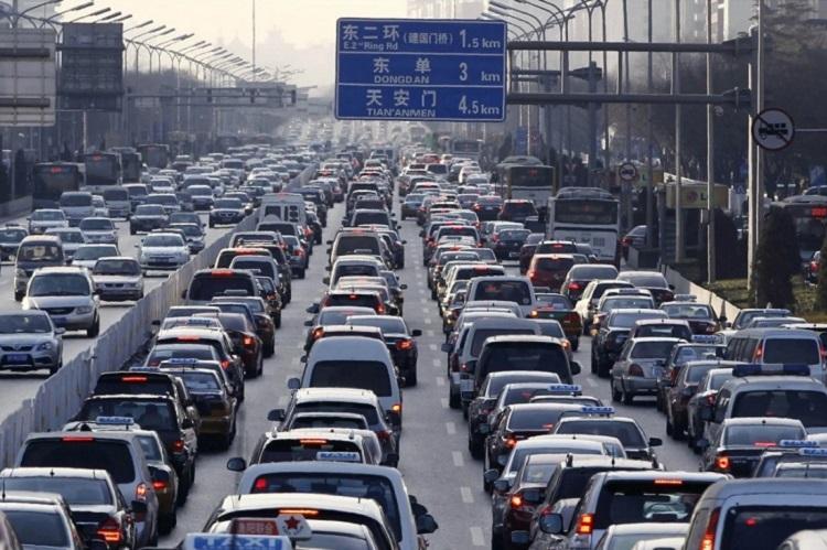 Bắc Kinh có những giới hạn nghiêm ngặt về số lượng biển số xe mà họ cấp. Ảnh: AFP.