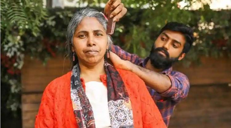Mitrajit luôn tin tưởng rằng một ngày nào đó mẹ anh sẽ trở về. Ảnh: Rajesh Kashyap / HT.