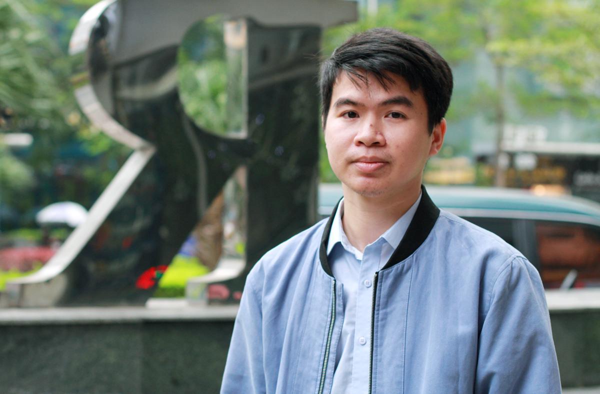 Phạm Văn Trường đã uống trà Shan tuyết 7 năm trước khi quyết định khởi nghiệp từ cây chè này. Ảnh: Phan Dương.