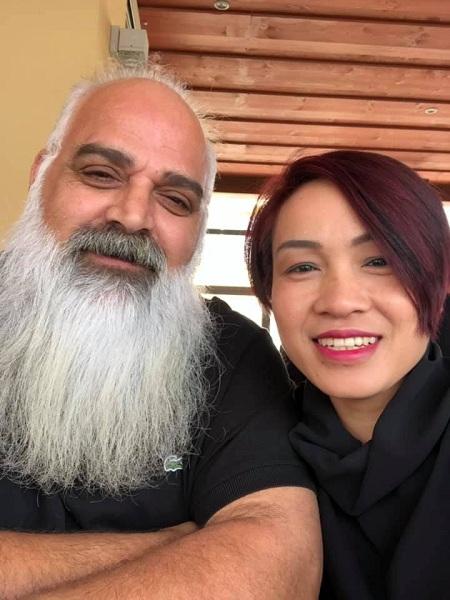 Bằng tình yêu và sự nỗ lực, vợ chồng chị Mai đã vực dậy được doanh nghiệp, dù chỉ còn 20% cổ phần, xây được nhà riêng, có cuộc sống hạnh phúc. Ảnh: Nhân vật cung cấp.