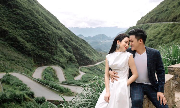 Quỳnh Hoa đã sử dụng 13 bộ váy cưới cô dâu, 6 bộ áo dài trong bộ ảnh cưới xuyên Việt của mình. Ảnh: Nhân vật cung cấp.