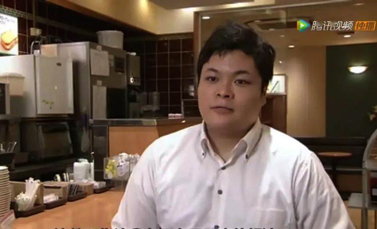 Naoki hiện là một quản lý quán cà phê nổi tiếng ở Nhật Bản, anh có mục tiêu sẽ mở một quán cà phê của riêng mình: Ảnh: qq.