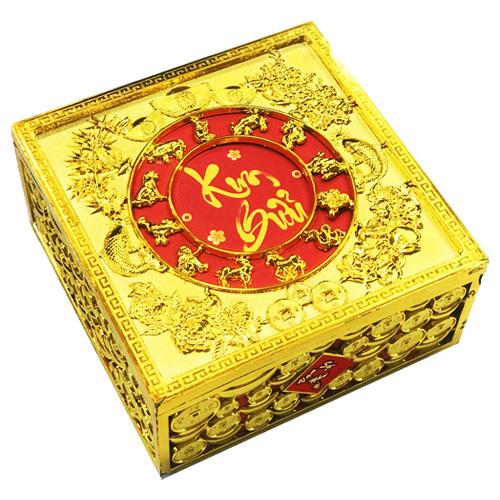 Kẹo Tứ Quý Kim Bửu thiết kế cho quà tặng ngày Tết. Ảnh: Bibica.