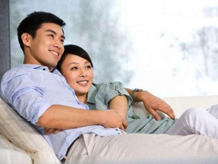 Trong hôn nhân, sự hỗ trợ và khuyến khích từ bên trong không mạnh bằng lời nói hay hành động thể hiện ra bên ngoài. Ảnh minh họa.
