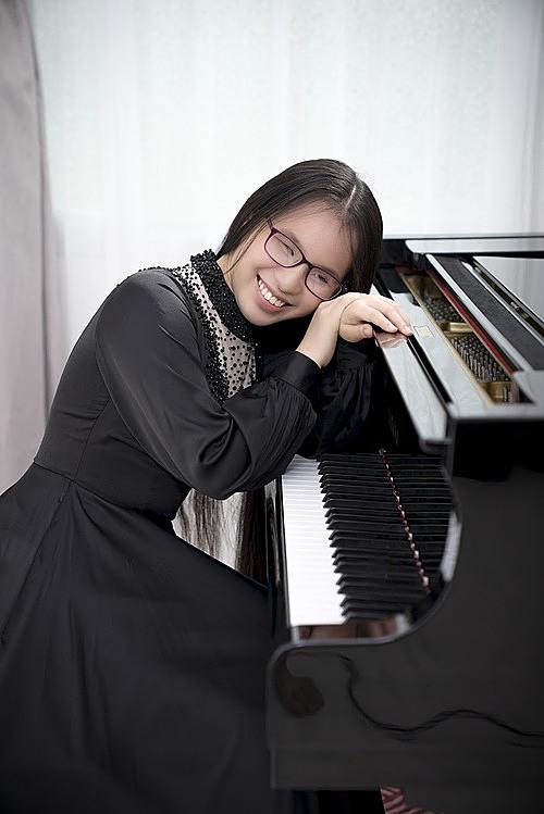Người mẹ nuôi con gái mù thành nghệ sĩ piano - 4