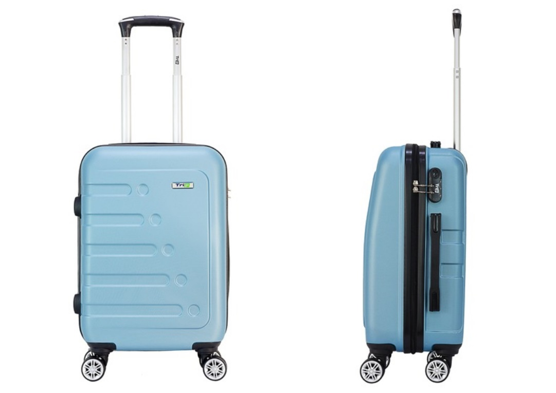 With the same design, the Trip P16 Suitcase is larger than 60 cm x 40 cm x 24 cm, can hold 15-24 kg of luggage, suitable for check-in for long trips or when carrying many items cold, thick.  Spacious interior space.  ABS plastic and PC material limit scratches and impacts with aluminum alloy pull lever and four four-way wheels.  Products with a discount of 48% to 730,000 VND (original price 1.41 million VND).