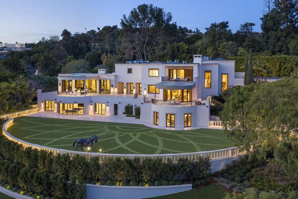 Siêu biệt thự của Steve Wynn nhìn từ bên ngoài. Ảnh: Realtor.