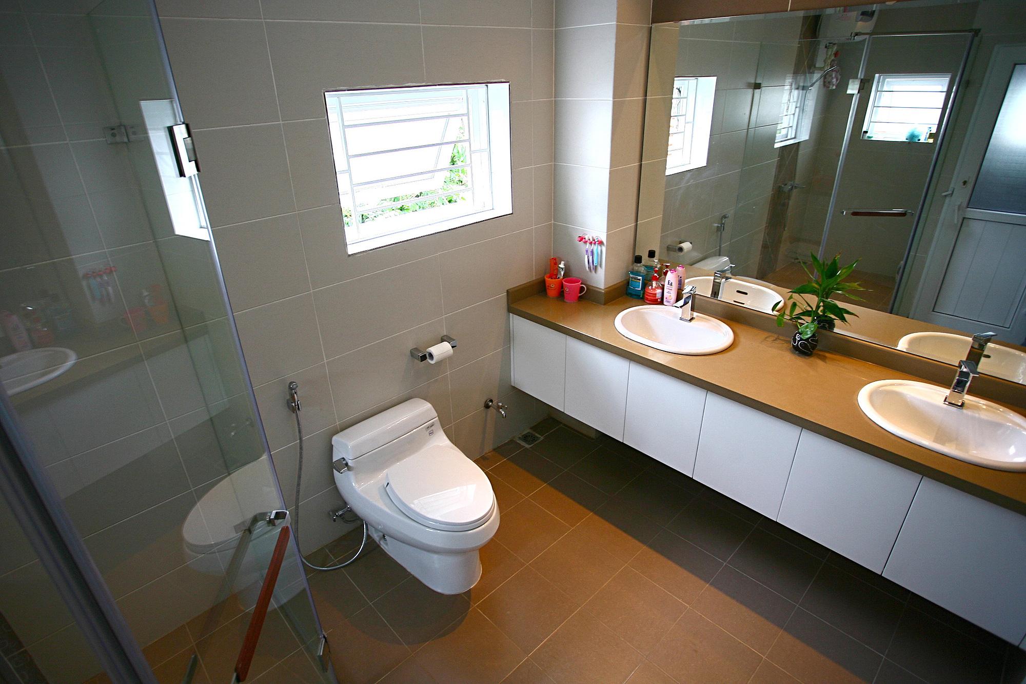Nhà vệ sinh có ý nghĩa lớn với ngôi nhà nên cần được đầu tư, chăm chút. Ảnh: Hà Thành.