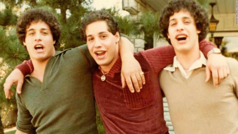 3 anh em Robert Shafran, Edward Galland và David Kellman bị chia rẽ từ khi mới lọt lòng mẹ. 7news.