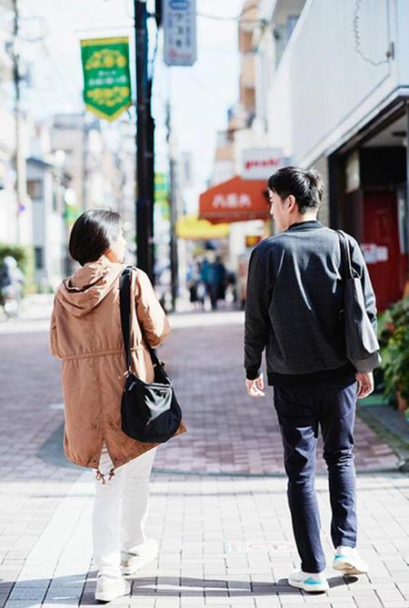 Shokora thường gặp con trai trò chuyện, bởi vậy người phụ nữ này cho rằng, sống một mình nhưng cô không cô đơn. Ảnh: The paper.
