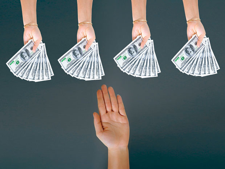 Cho vay tiền một lần rồi bạn sẽ hiểu: Vay tiền thấu lòng người, trả tiền thấu nhân cách. Ảnh: shutterstock.