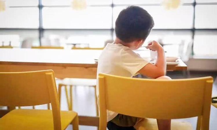 Chỉ số EQ có thể cải thiện, chỉ cần kiên nhẫn giáo dục và hướng dẫn cẩn thận, trí tuệ cảm xúc của trẻ có thể ngày càng cao. Ảnh: sina.