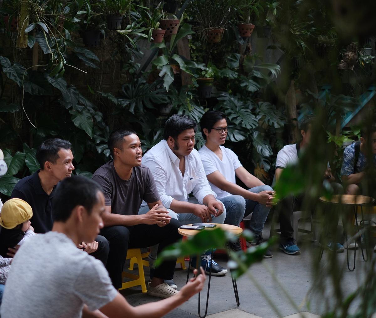 Những người chơi kiểng lá ở Đà Nẵng trong một sự kiện offline đầu tháng 3. Ảnh: Ngọc Quý.