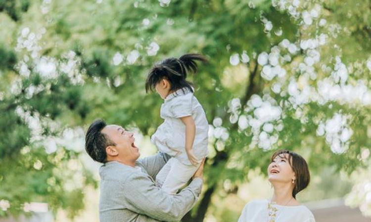 Gia đình nữ dẫn chương trình Vương Tiểu Khiên của Trung Quốc. Ảnh: 163.com