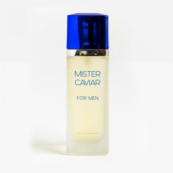 Nước hoa Paris Elysees Mister Caviar 100 ml giảm còn 819.000 đồng; thuộc nhóm hương gỗ, cay nồng với hương đầu có quả quýt, chanh vàng; hương giữa nhục đậu khấu, bạch đậu khấu; hương cuối là cỏ hương bài, gỗ đàn hương.