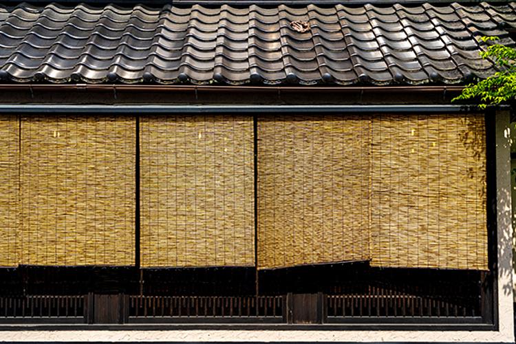 Tấm rèm tre Sudare cổ kính mang nét đẹp mộc mạc từ thiên nhiên. Ảnh: Shutterstock.