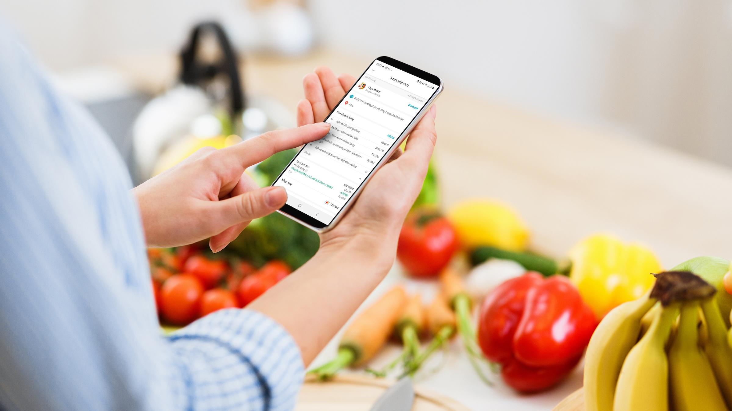 Ứng dụng có giao diện dễ sử dụng, thực phẩm phân loại theo danh mục.