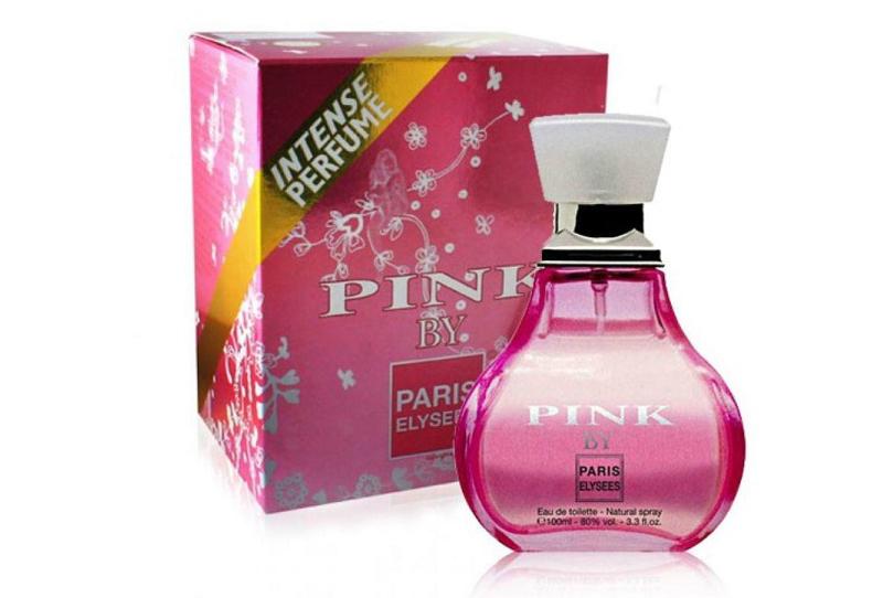 Nước hoa nữ Paris Elysees Pink By màu hồng sen có mùi hương tươi mát thuộc nhóm hương hoa, hương cay nồng. Hương đầu là sự kết hợp của cam đỏ, ngò thơm, bạch đậu khấu. Hương giữa gồm hoa violet, hoa nhài, hoa ngọc lan tây. Hương cuối là vani, gỗ đàn hương, xạ hương Thương hiệu nước hoa Paris Elysees ra đời năm 1991, đến nay đã có hơn 250 triệu chai được bán trên toàn châu Âu, châu Mỹ La tinh và Trung Đông. Lọ Paris Elysees Pink By 100 ml đang được ưu đãi 45% còn 599.000 đồng.