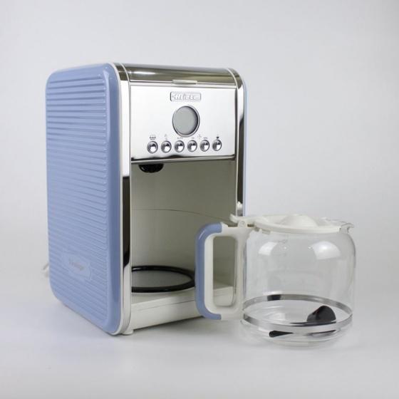 Máy pha cà phê Ariete MOD 1342 giảm 41% còn 1,59 triệu đồng; công suất 960 W; dung tích 2,1 lít; khả năng pha 4-12 ly cà phê trong một lần. Máy có chức năng hẹn giờ trong vòng 24 giờ; thiết kế kính cường lực giữ nhiệt; đế giữ nóng; ngăn chứa bộ lọc có thể tháo rời và vệ sinh dễ dàng...