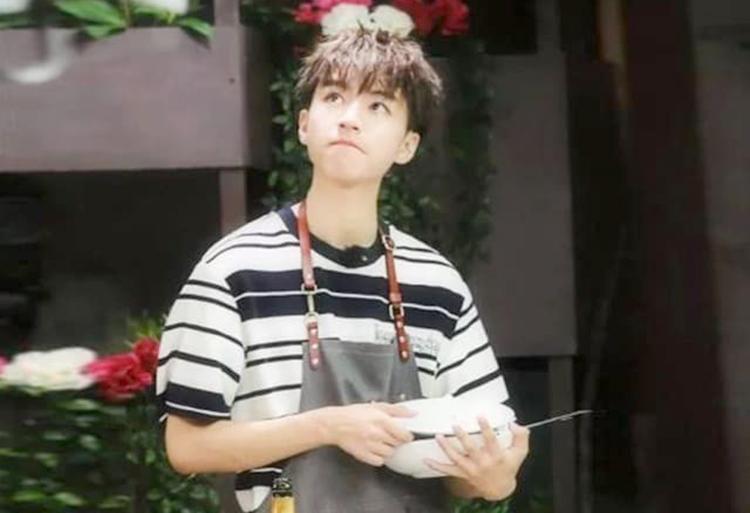 Ca sĩ, diễn viên Vương Tuấn Khải tham gia chương trình truyền hình thực tế: Nhà hàng Trung Hoa. Ảnh: