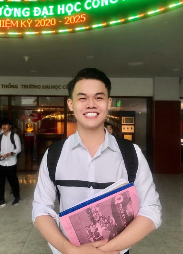 Hữu Nghĩa hiện là sinh viên năm 3 Đại học Công Nghiệp TP. HCM. Vừa học, chàng trai vừa điều hành công việc kinh doanh của mình. Ảnh: Nhân vật cung cấp