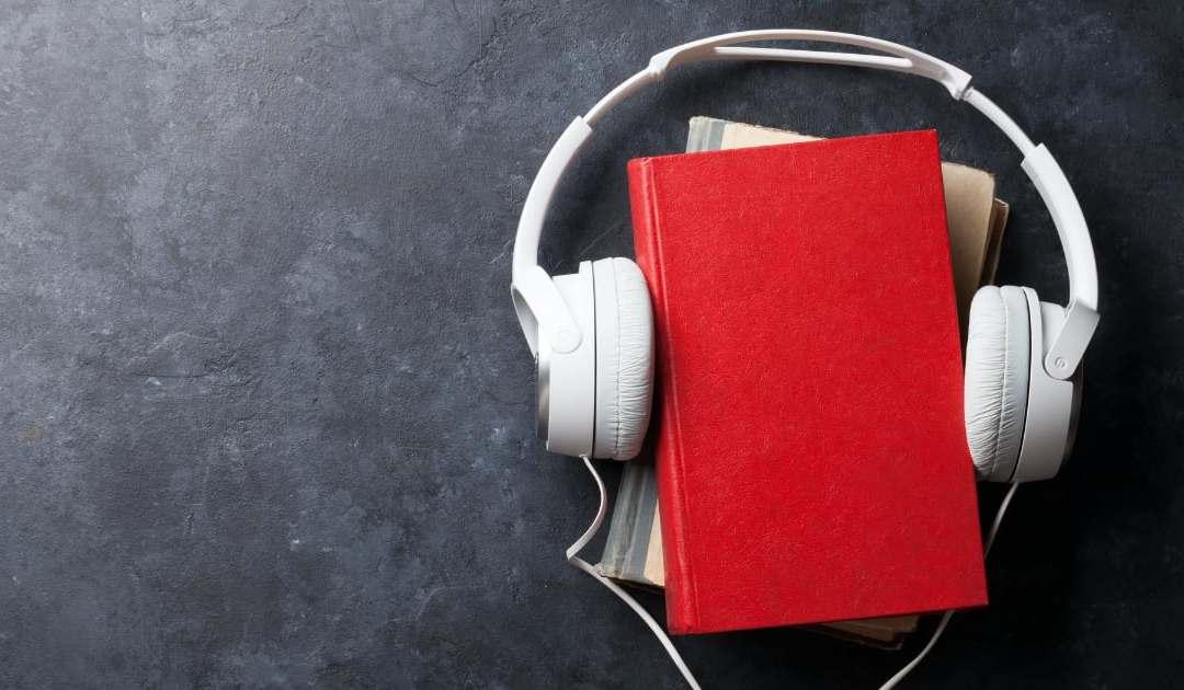 Sách nói đang là xu hướng đọc thời công nghệ. Ảnh: Shutterstock.