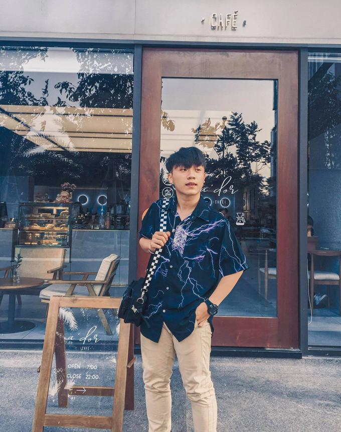 Minh Bạch chọn nghỉ một năm để tăng cường tiếng Anh, học kỹ năng sống và trải nghiệm trước khi vào đại học. Ảnh: Nhân vật cung cấp