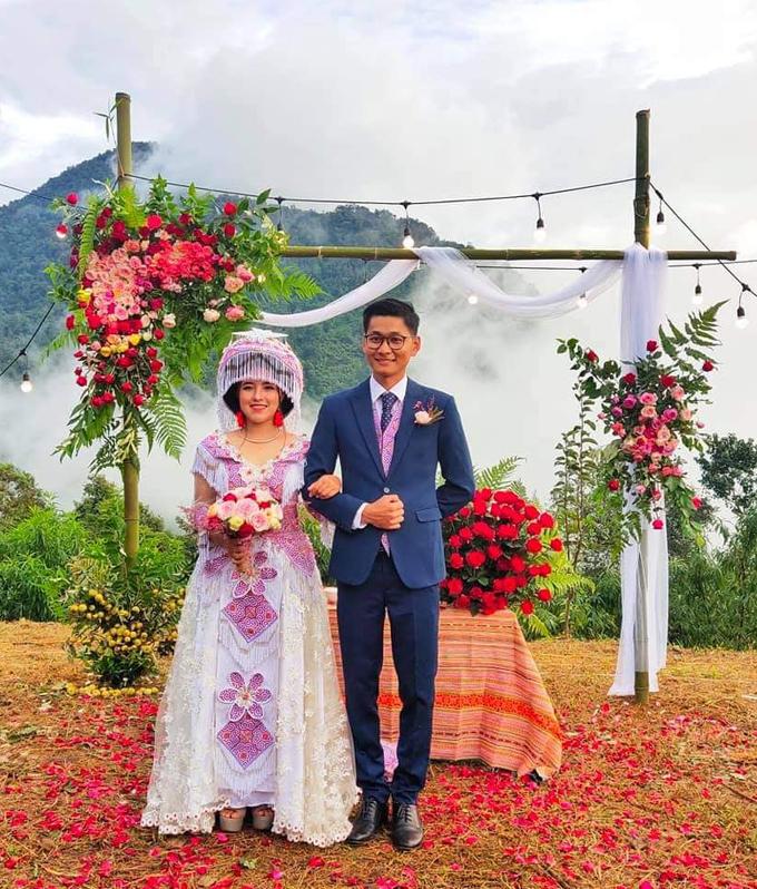 Đám cưới của cô gái Mông Hảng Thị Sú và chàng trai miền Nam Thanh Ngọc, trong hôn lễ